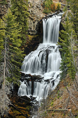 Photograph - Undine Falls by Lee Kirchhevel