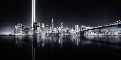 Bridge Photograph - Unforgettable 9-11 by Javier De La
