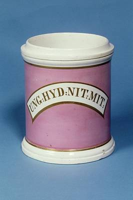 Apothecaries Photograph - Unguent Jar by Science Photo Library