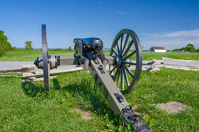 Photograph - Union Cannon On Mcpherson Ridge by Guy Whiteley