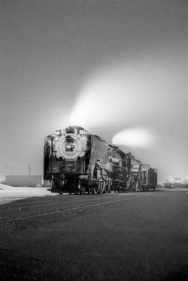 Photograph - Union Pacific 8444 by Henri Bersoux