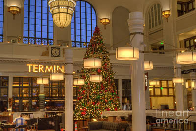Union Station At Christmas Print by Juli Scalzi