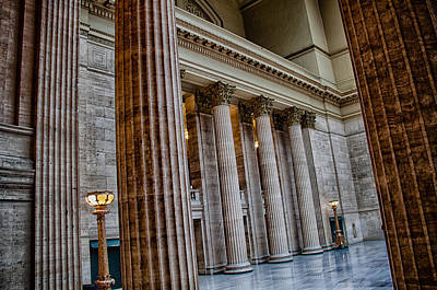 Union Station Lobby Photograph - Union Station Chicago by Mike Burgquist