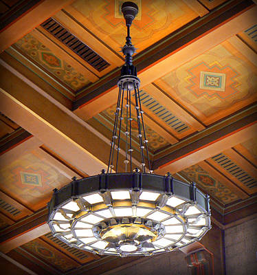 Union Station Lobby Photograph - Union Station Light Fixture by Karyn Robinson