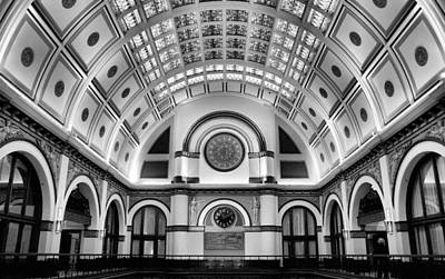 Union Station Lobby Photograph - Union Station Lobby Black And White by Kristin Elmquist