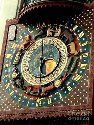 Photograph - Unique Clock by John Potts
