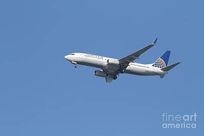 United Airlines Jet 7d21942 Print by Wingsdomain Art and Photography