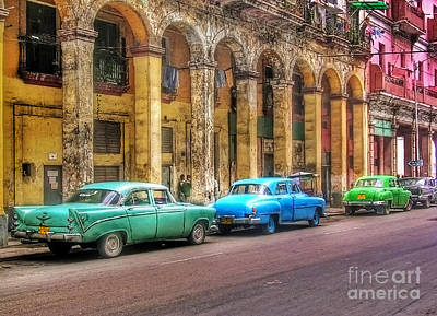 Photograph - United Colors Of Coches Habaneros by Carlos Alkmin