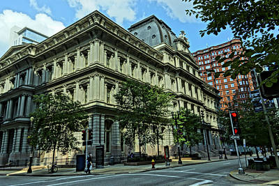 Photograph - United States Customhouse And Post Office St. Louis by Greg Kluempers