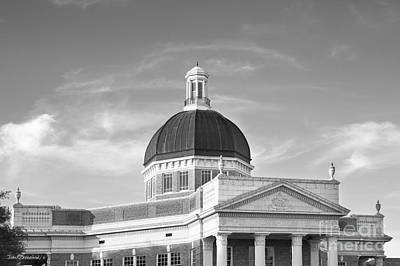 Photograph - University Of Southern Mississippi Administration Building by University Icons