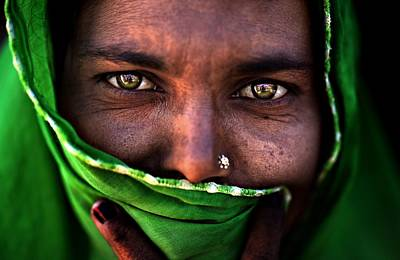 Hiding Photograph - Untitled by Alessandro Bergamini