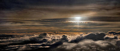 Photograph - Up In The Clouds by Joe Bonita