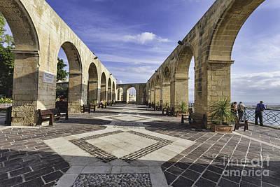 Maltese Photograph - Upper Barrakka Gardens Malta by Frank Bach