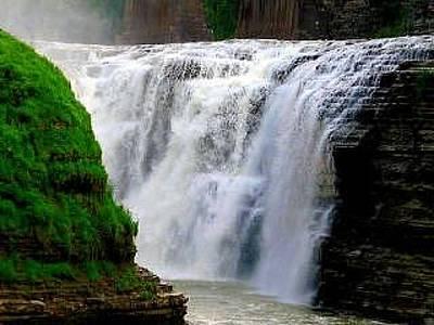 Roaring Red - Upper Falls by Rhonda Barrett