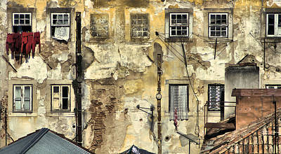 Painting - Urban Lisbon by David Letts