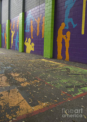 Photograph - Urban Mural by Tom Brickhouse