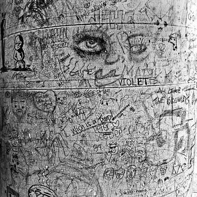 Photograph - Urban Scrawl No. 3 by Fei Alexander