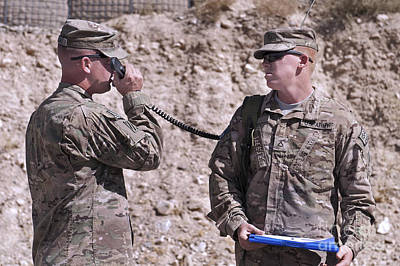Logar Photograph - U.s. Army Chief Receives Coordinates by Stocktrek Images
