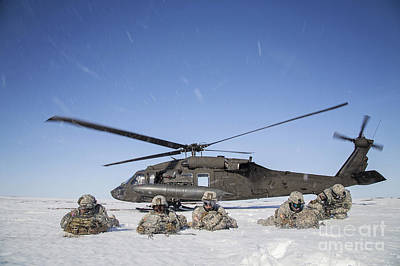 City Scenes - U.s. Army Paratroopers Pull Security by Stocktrek Images