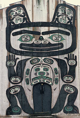 Usa, Alaska, Wrangell, Tlingit Tribal Art Print by Gerry Reynolds