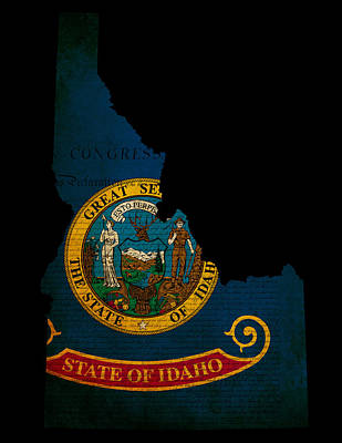 Usa American Idaho State Map Outline With Grunge Effect Flag And Art Print by Matthew Gibson