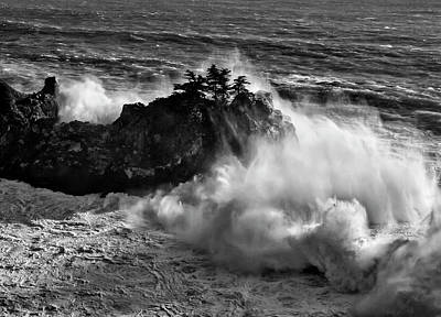 Usa, California, Big Sur, Big Wave Art Print by Ann Collins