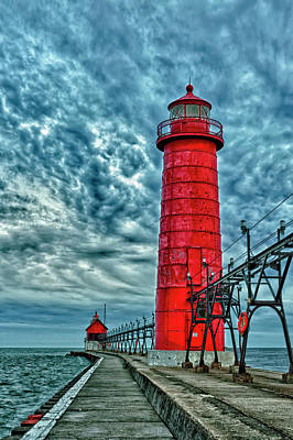 Grand Haven Photograph - Usa, Grand Haven, Michigan, Lighthouse by Rona Schwarz