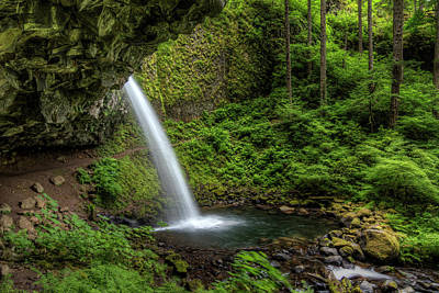 Overhang Photograph - Usa, Or, Columbia River Gorge by Brent Bergherm
