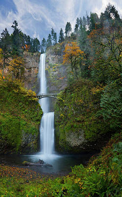 Multnomah Falls Photograph - Usa, Oregon, Columbia Gorge by Gary Luhm