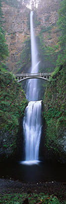 Large Format Photograph - Usa, Oregon, Columbia River George by Walter Bibikow