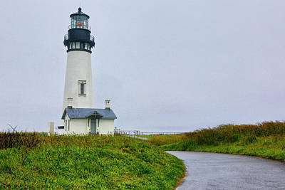 Carter Photograph - Usa, Oregon Yaquina Head Lighthouse by Jaynes Gallery