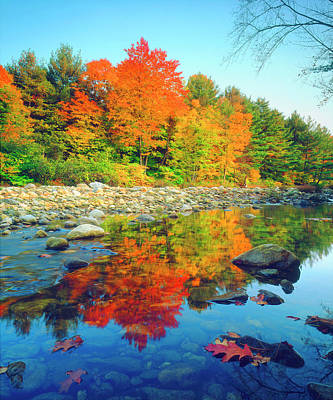 Vermont Wilderness Photograph - Usa, Vermont, Autumn Colors Reflecting by Jaynes Gallery
