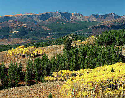 Beartooth Mountain Range Photograph - Usa, Wyoming, Beartooth Highway, Colter by Walter Bibikow