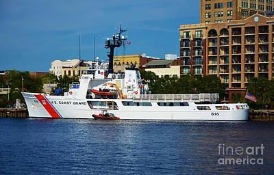 Photograph - U S Coast Guard 616 by Bob Sample