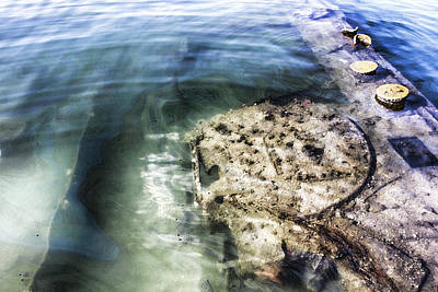 Fallen Soldier Photograph - Uss Arizona Memorial- Pearl Harbor V8 by Douglas Barnard