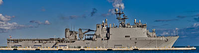 Battle Ship Photograph - Uss Fort Mchenry by Scott Meyer
