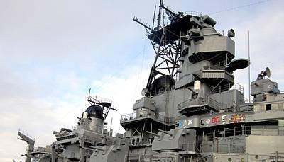 Ships Photograph - Uss Iowa 5 by Dan Twyman
