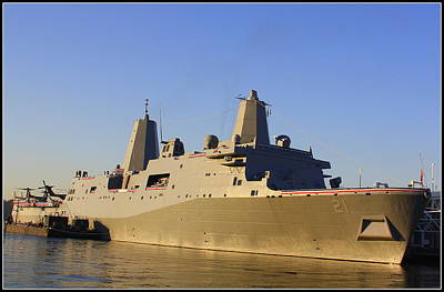 Uss New York - Lpd21 Art Print
