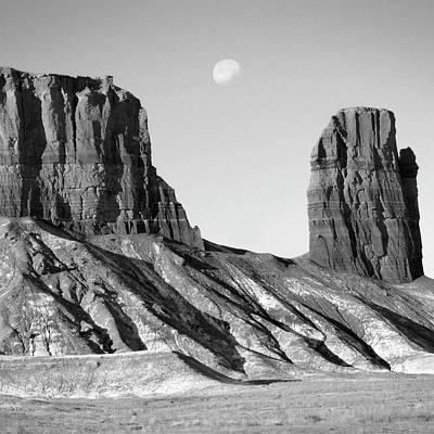 Utah Outback 21 Art Print by Mike McGlothlen