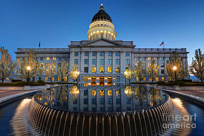 Utah State Capitol In Reflecting Fountain At Dusk Art Print