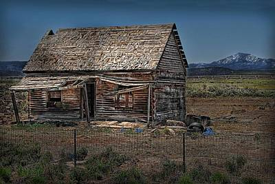 Photograph - Vacant Homestead by Dyle   Warren