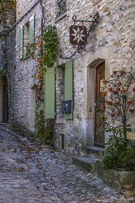 Photograph - Vaison La Romaine by Julie Black