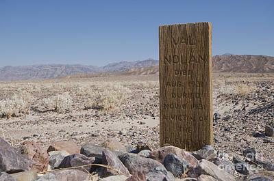 Photograph - Val Nolan's Grave by Dan Suzio