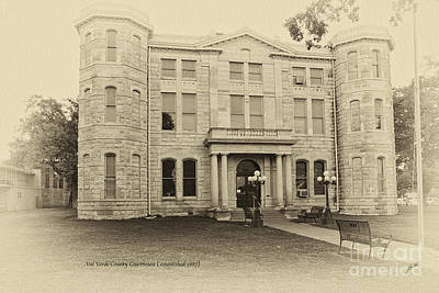 Val Verde County Courthouse Art Print