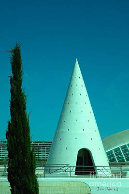 Photograph - Valencia White Tower by Jan Daniels