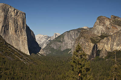 Photograph - Valley View Yosemite National Park by Lee Kirchhevel