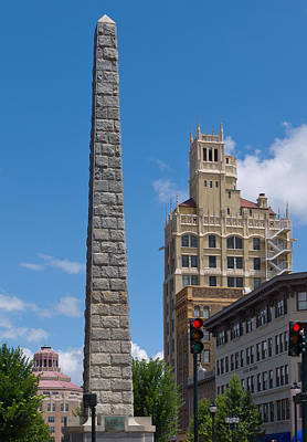 Photograph - Vance Monument In Asheville by Melinda Fawver