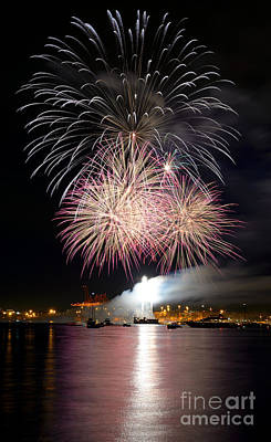 Photograph - Vancouver Canada Day Fireworks 2014 - 5 by Terry Elniski