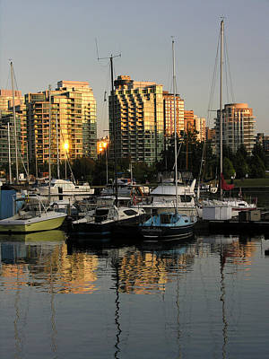 Photograph - Vancouver Harbor Sunset by Robert Lozen