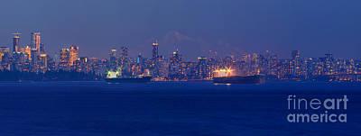 Photograph - Vancouver Skyline At Sunset by Terry Elniski